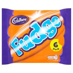 The classic Cadbury Fudge chocolate bar has been a British favourite since its launch in It's is made of soft, creamy fudge, lovingly coated with Cadbury's famous milk chocolate. Chocolate Syns, Cadbury Milk Chocolate, Chocolate Sweets, Slimming World Syn Values, Slimming World Syns, Slimming World Recipes, British Candy, British Sweets, Syn Free Food