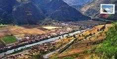 """Urubamba es una de las ciudades más bellas del Valle Sagrado de los Incas. En 1962 fue denominada """"Provincia Arqueológica del Perú"""" y algunas de las actividades que se pueden realizar son parapente, sobrevuelo en globo aerostático y cabalgatas. Para más detalles visita: http://www.rutas365.com/es-peru-cusco-urubamba/"""