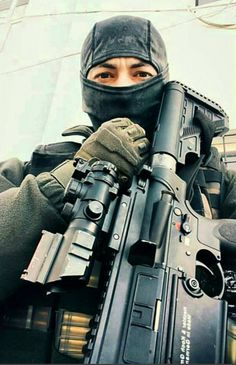 Turkish #Police #Special #Forces member with #HK417