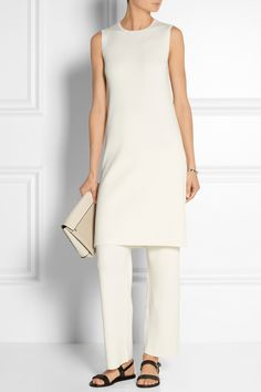 A definite monochrome look to try. Theory Ribbed Stretch Wool-Blend Dress via Nice Dresses, Casual Dresses, Dress Over Pants, Smart Casual Wear, Fashion 2020, Fashion Trends, Mature Fashion, Weekend Wear, Casual Chic Style