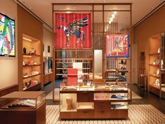 Hermès Pavilion Kuala Lumpur Re-Opens Showroom Interior Design, Boutique Interior, Retail Interior, Interior Design Living Room, Hermes Store, Scarf Display, Retail Store Design, Retail Stores, Luxury Store