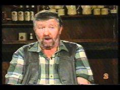 Tolla van der Merwe - Die oom op Nieuwoudtville - YouTube Afrikaans, Button Down Shirt, Men Casual, Jokes, Watch, Videos, Funny, Youtube, Mens Tops
