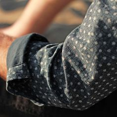 workingmans-blues:  Detail of Chambray shirt.
