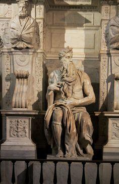 Moses Statue by Michelangelo — in Basilica San Pietro in Vincoli, Rome Miguel Angel, Michelangelo, Ancient Aliens, Ancient Art, Bósnia E Herzegovina, Jan Van Eyck, Catholic Art, Italian Renaissance, Santos
