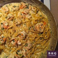 {alabama gulf} shrimp fettuccine alfredo: toss it together real good before serving    this looks so good!