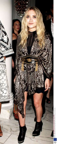Mary-Kate Olsen - Vintage Coat Jacket / Kaftan / Caftan Cinched with a Wide Leather Laser-Cut Belt