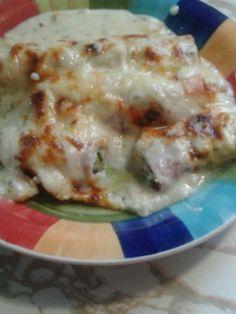 asperge au jambon gratiné Chicken, Breakfast, Food, Asparagus, Ham, Meal, Eten, Meals, Buffalo Chicken