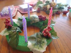 Advent Wreath Craft for Kids... using birthday candles!