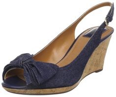 74b21a4771bc Clarks Women s Fiddle Bow Slingback Wedge Clarks