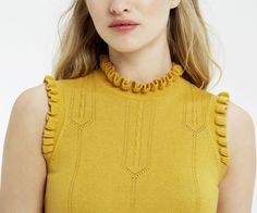 Oasis, Sleeveless frill knit Ochre 4
