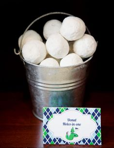 These golf themed party ideas are perfect for Father's Day. See some cute ways to decorate the table and ideas for foods that are named after golf sayings. 70th Birthday, Birthday Party Themes, Birthday Ideas, Birthday Gifts, Birthday Snacks, Surprise Birthday, Thema Golf, Golf Party Foods, Golf Baby