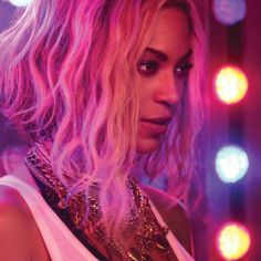 "Watch the full length music video for Beyoncé's ""XO"" now on VEVO: http://www.youtube.com/watch?v=3xUfCUFPL-8&feature=youtu.be   Beyoncé The Visual Album 14 songs 17 videos available now on iTunes: iTunes.com/Beyonce"