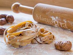 Le tagliatelle di castagne sono facili e molto economiche.