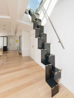 Design - Raumspartreppe 1.0 von spitzbart treppen, Faltwerktreppe, Treppe, designtreppe, ohne Geländer, stahl pur, innentreppe, wandseitiger Handlauf, Metalltreppe