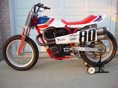 Flat Tracker Motorcycles | Honda RS 750