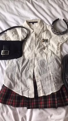 Cute Going Out Outfits, Pretty Outfits, Cute Outfits, 6th Form Outfits, Mom Style, Ootd, Aesthetic Clothes, Simple Aesthetic, Style Inspiration