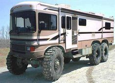 Now that's a bug-out vehicle.  want this :)