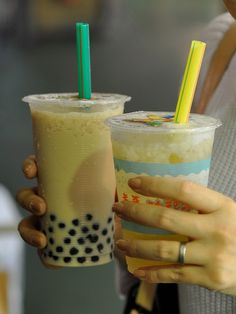 tapioca milk tea & ai yu lemon juice by JUN / LDK, via Flickr. 'Bubble tea, also known as pearl (milk) tea or boba (milk) tea, is a Taiwanese tea drink that originated from tea shops in Taichung, Taiwan during the 1980s. Drink recipes may vary, but most bubble teas contain a tea base mixed with fruit (or fruit syrup) or milk.' http://www.lonelyplanet.com/taiwan