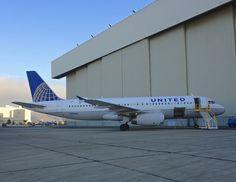 United Airlines Airbus 320 N436UA SFO 2014