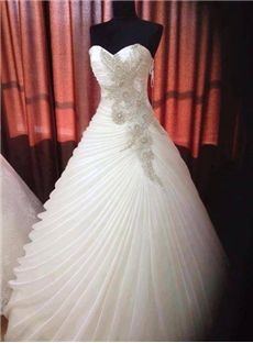 170.89 newbridalup.com SUPPLIES Fashion Ball Gown Sweetheart Floor-Length Rullfed Wedding Dress