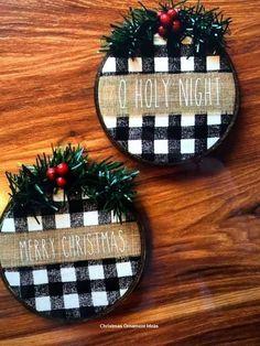 21 DIY Embroidery Hoop Christmas Ornaments 8 – My Pin Diy Christmas Decorations, Diy Christmas Ornaments, Homemade Christmas, Holiday Crafts, Christmas Wreaths, Diy Christmas Crafts To Sell, Buffalo Plaid Christmas Ornaments, Diy Christmas Projects, Christmas Ribbon Crafts