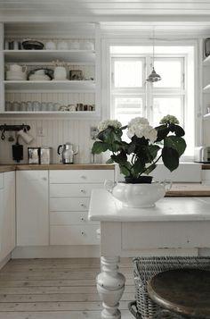 Shabby new kitchen