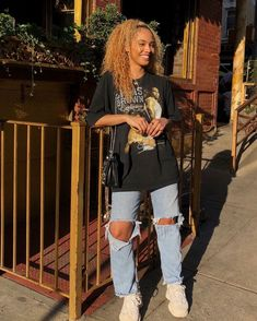 casual outfits for women \ casual outfits ; casual outfits for winter ; casual outfits for women ; casual outfits for work ; casual outfits for school ; Vintage Outfits, Retro Outfits, Outfits For Teens, Summer Outfits, School Outfits, Vintage Clothing, Trendy Clothing, Grunge Winter Outfits, Edgy Fall Outfits