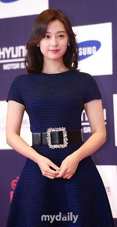 MARWA ASFOR (@MarwaAsfor) | تويتر Korean Actresses, Korean Actors, Actors & Actresses, Kim Ji Won, Short Sleeve Dresses, Fashion Outfits, Sexy, Hair, Beautiful