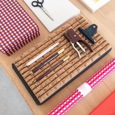 Flatware, Tray, Paper Mill, Cutlery Set, Dishes, Trays, Cutlery, Dinnerware, Board