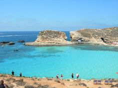 Absolutely beautiful crystal clear blue water, brilliant sunshine and gorgeous coast line - Malta