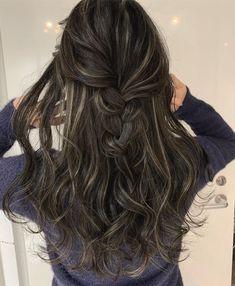 Brown Hair Shades, Brown Hair With Blonde Highlights, Brown Blonde Hair, Brunette Hair, Hair Highlights, Balayage Hair Ash, Haircuts For Long Hair, Hair Dye Colors, Hair Color Dark