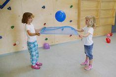 motor planning activities for kids Kinderturnen heit Yoga For Kids, Exercise For Kids, Summer Activities For Kids, Games For Kids, Zumba Kids, Motor Planning, Kids Moves, Kindergarten Lesson Plans, Team Building Activities