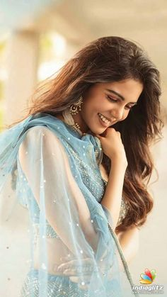 Indian Bollywood Actress, Beautiful Bollywood Actress, Beautiful Actresses, Indian Actresses, Indian Actress Images, Tamil Actress Photos, South Indian Actress, Beautiful Girl Photo, Beautiful Girl Indian