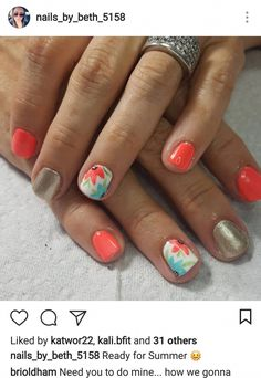 The advantage of the gel is that it allows you to enjoy your French manicure for a long time. There are four different ways to make a French manicure on gel nails. Bright Summer Nails, Summer Toe Nails, Diy Nail Designs, Short Nail Designs, Art Designs, Super Nails, Trendy Nails, Diy Nails, Beauty Nails