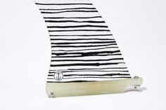 lovely fin for eggs Surfboard Fins, Saturdays Nyc, Art Boards, Surfing, Stripes, Surf Board, Skate, Eggs, Adventure