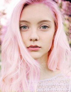 Розовые волос