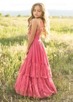 Look effortlessly elegant and playful all at once with this boho maxi dress featuring a full tiered skirt with lace ruffles and a scalloped lace detail in the back. This dress is perfect for twirling on fall days. Flower Girl Dresses Boho, Girls Maxi Dresses, Fall Dresses, Fashion Dresses, Wedding Dresses, Sirens Fashion, Beachwear Fashion, Rose Dress, Lace Ruffle