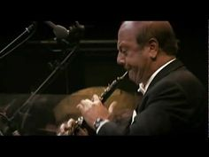 Gabriel's Oboe (from The Mission) Ennio Morricone 2002 Arena Concert - YouTube
