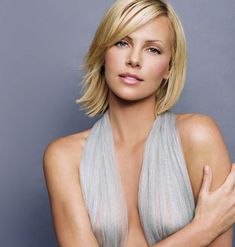 charlize theron pics and gifs - Hot Celebrities Charlize Theron Age, Charlize Theron Photos, Beautiful Celebrities, Beautiful Actresses, Beautiful People, Beautiful Women, Charliez Theron, Hollywood Actresses, Celebs