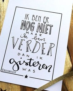 Read these top inspiring and sister quotes best friend words Sister Quotes, Mom Quotes, Best Quotes, Funny Quotes, Never Stop Dreaming, Dutch Quotes, One Liner, Brush Lettering, Love Words