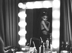 Ariana Grande Daily