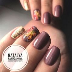 35 Fall Nail Art Designs You'll Love Fall nail art designs are all unique and special, and you are bound to be aware of all the versatility available. Best autumn manicure ideas are here at your disposal! Fancy Nails, Trendy Nails, Love Nails, My Nails, Chic Nails, November Nails, Nailart, Fall Nail Art Designs, Fall Designs