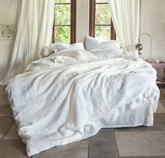 Linen Duvet Cover from Linen Bed SheetsLinen Bed Sheets - Irrespective of bed sheets being unmarried or double bed Cheap Bedding Sets, Cheap Bed Sheets, Bedding Sets Online, Luxury Bedding Sets, Affordable Bedding, Linen Bed Sheets, Bed Linen Sets, Linen Duvet, Bed Linens
