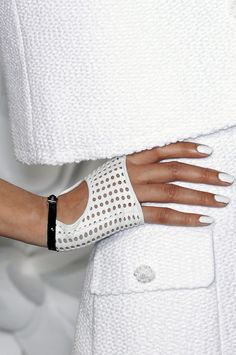 Gloves/ Chanel SS 2009