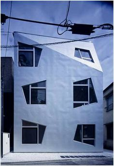 The <strong>Fudamae Apartment</strong> is designed by ISSHO Architects an architectural design office based in Tokyo and they got my attention with this apartment window's design that has an unusual shape.  The Fudomae apartment's design makes the most of a limited volume while creating a comfortable urban living space . Each 18 sqm unit fits a living room, kitchen, bathroom and storage. The tight arrangement is transformed into a design expression, particularly through the location and sh