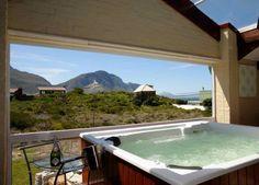 Holiday Home Honeymoon Suite - Betty's Bay, South Africa