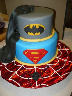 superhero cake 3 - without reference to spidey of course (these people do it all wrong!)