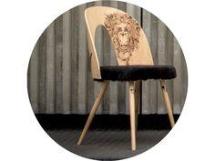 Výzdoba technika aplikovaná na nábytku sa dá prirovnať tetovaniu, ktoré vidíme bežne na telách ľudí. Stool, Chair, Furniture, Home Decor, Homemade Home Decor, Stools, Home Furnishings, Interior Design, Home Interiors