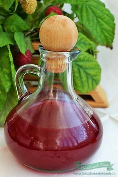 Sirop de Zmeura Jam Recipes, Cooking Recipes, Cocktails, Drinks, Preserves, Pickles, Food And Drink, Canning, Desserts