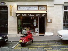 """La Caféothèque (""""The Coffee Library"""") is a truly fabulous cafe' in Paris"""